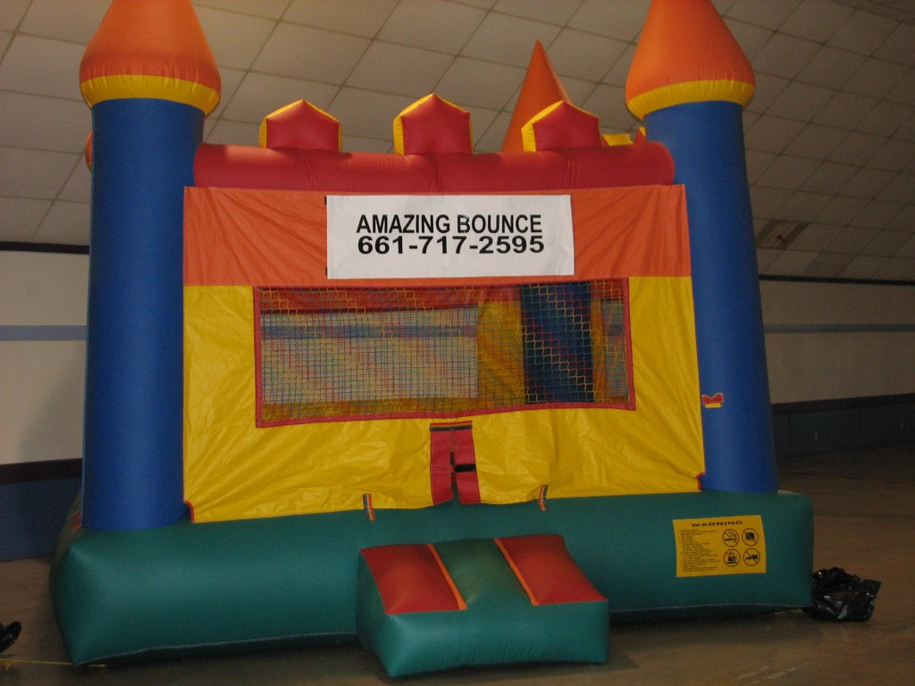 Castle Bounce House with Basketball Hoop Inside, $85.00 All Day, 15 X 15